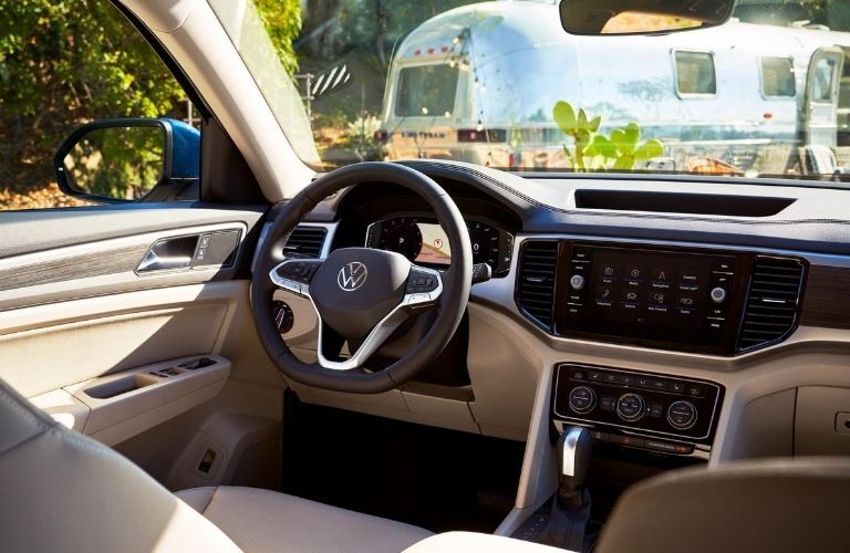 2021 VW Atlas interior steering wheel and dashboard