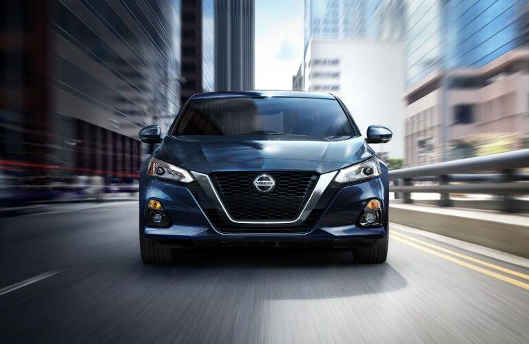 2020 Nissan Altima front end