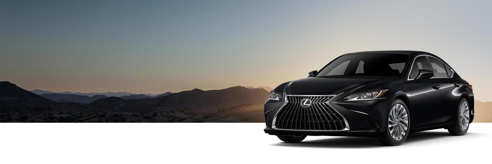 Exterior of the Lexus ES 350 Ultra Luxury shown in Obsidian.