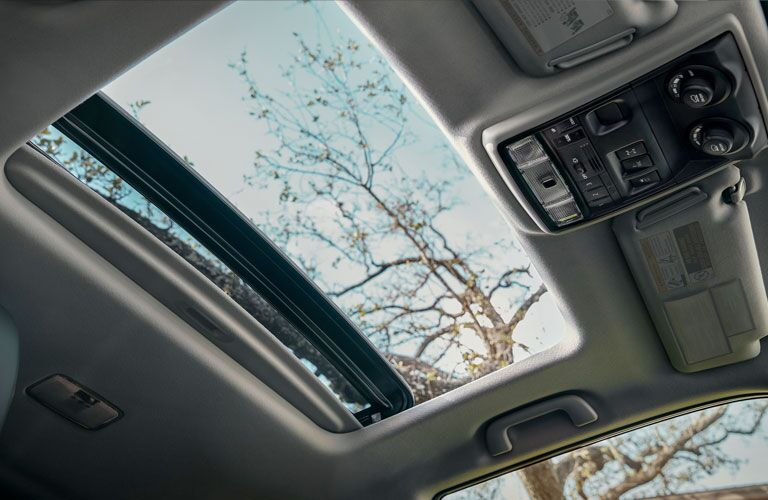 2020 Toyota 4Runner sunroof