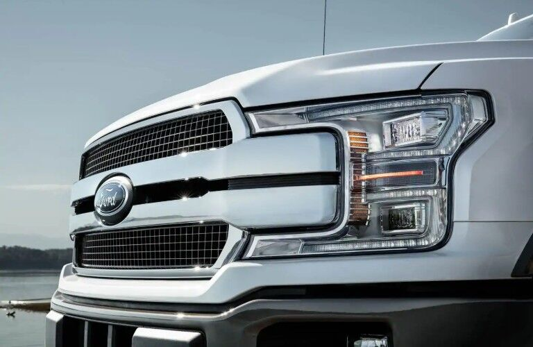 Front grille and headlights of 2019 Ford F-150