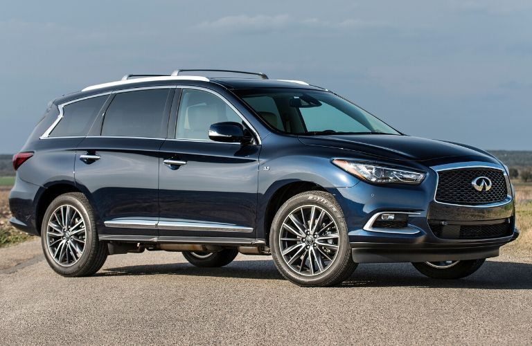 Exterior view of a blue 2017 Infiniti QX60