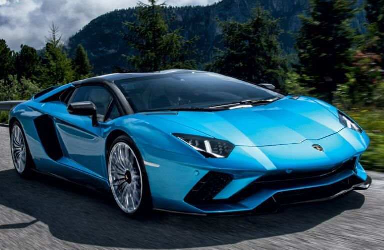 2020 Lamborghini Aventador S Roadster in blue