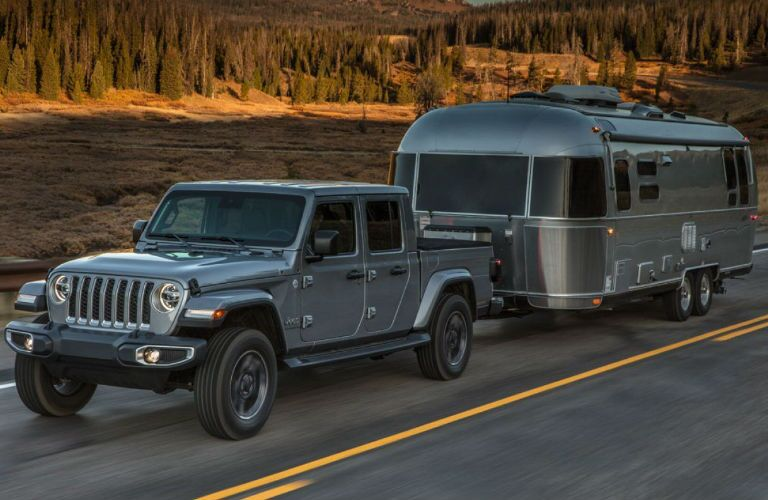 2020 Jeep Gladiator towing a camper