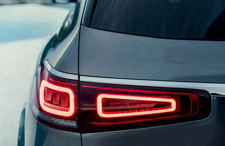 2020 mercedes-benz gls taillight design