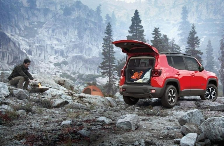 2020 Jeep Renegade parked on rocks
