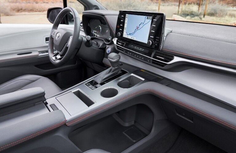 Front dash and display in the 2021 Toyota Sienna
