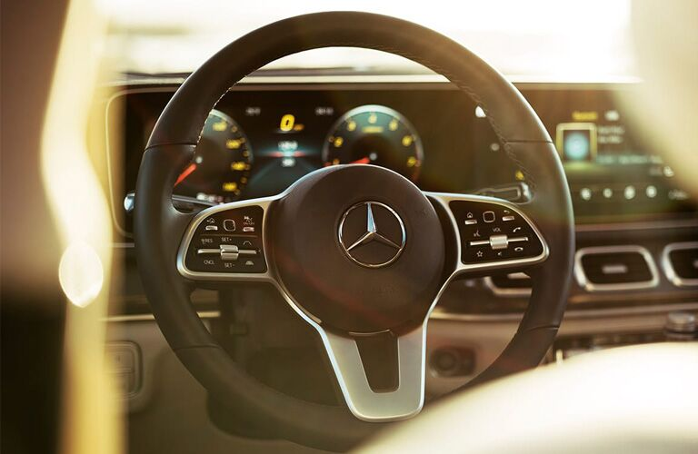 steering wheel in the 2020 mercedes-benz gle