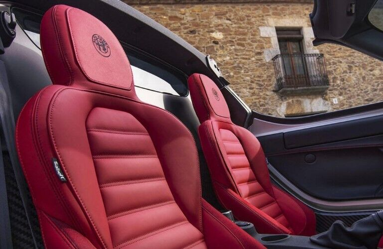 Front row red seats in the 2019 Alfa Romeo 4C Spider