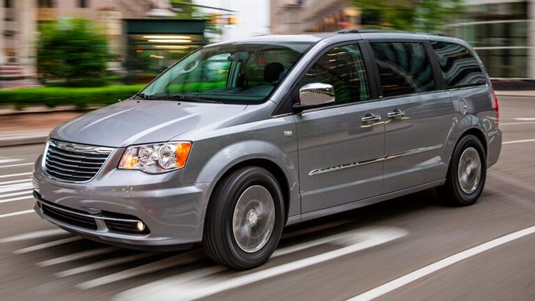 Front view of silver 2014 Dodge Grand Caravan