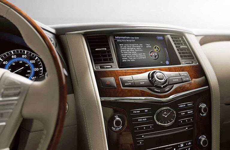 2017 INFINITI QX80 center touchscreen