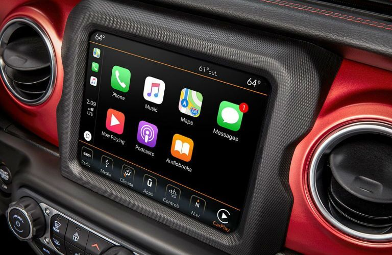 2020 Jeep Wrangler touchscreen display