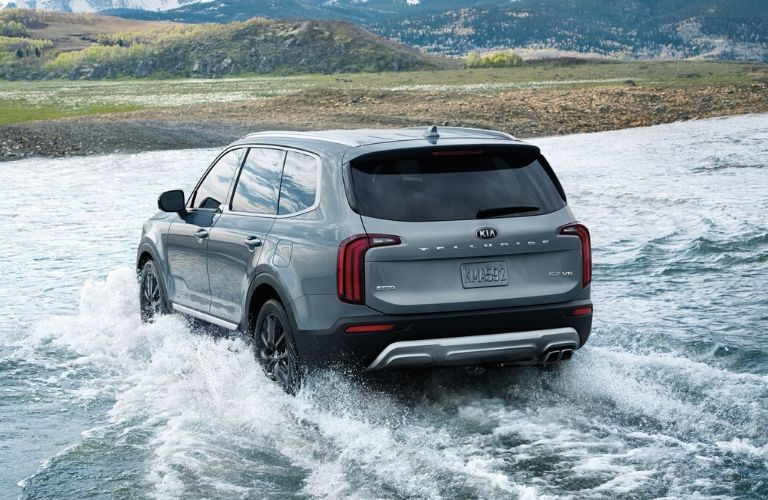 Exterior view of the rear of a silver 2020 Kia Telluride