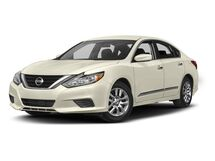 New Nissan Altima at Eau Claire