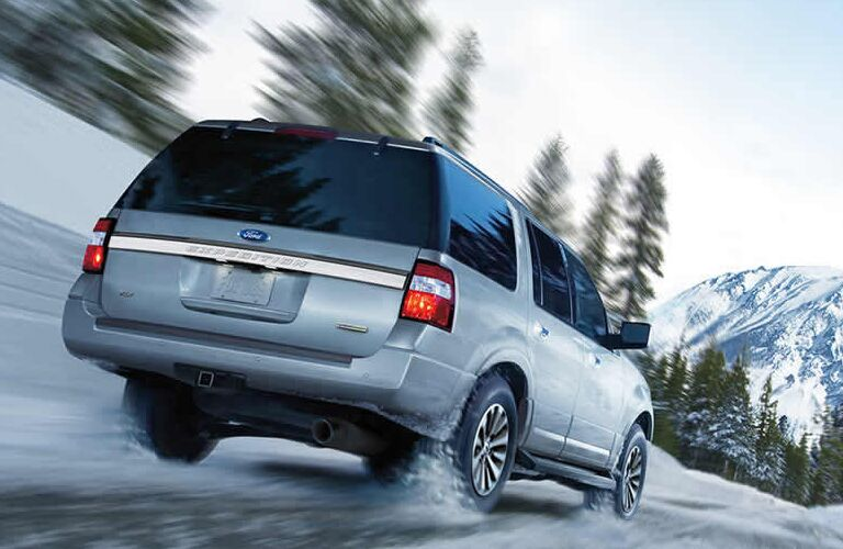 2015-ford-expedition-vs-2015-chevy-tahoe