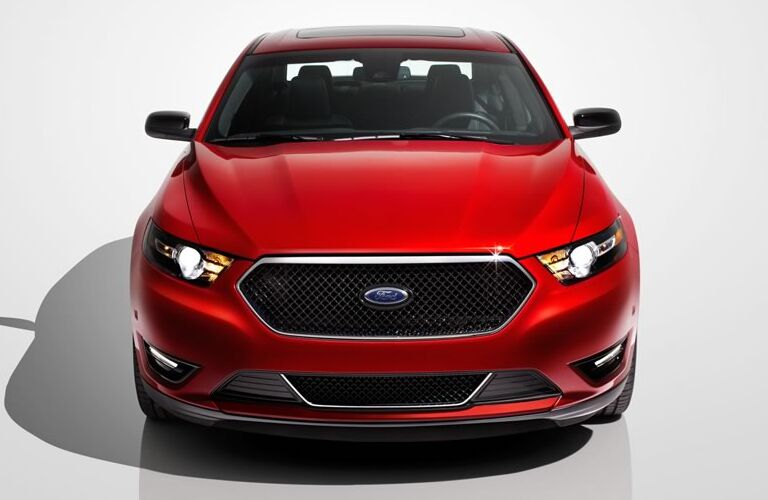 2015-ford-taurus-kansas-city-mo-exterior-design-front-grille-sho