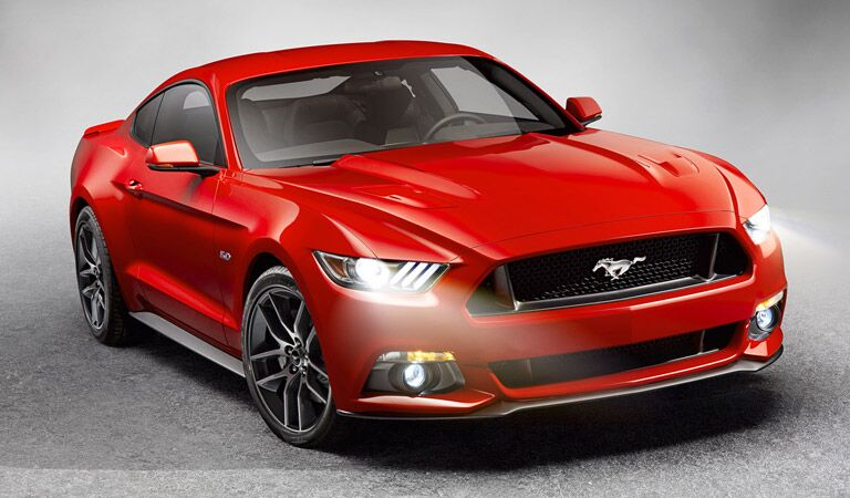 2016 Ford Mustang vs 2016 Dodge Charger