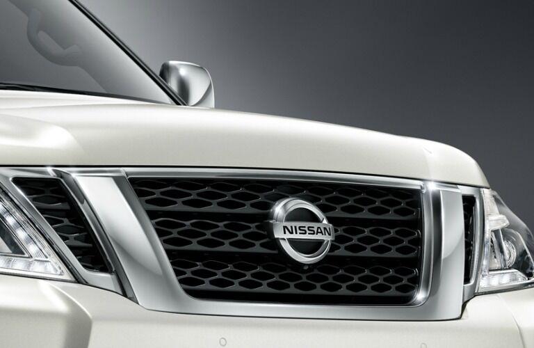 2017 Nissan Armada exterior features