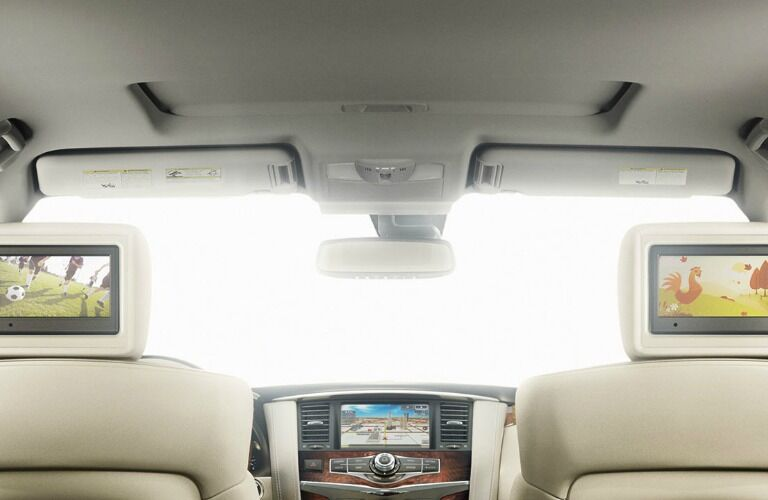 2017 Nissan Armada interior features and technology
