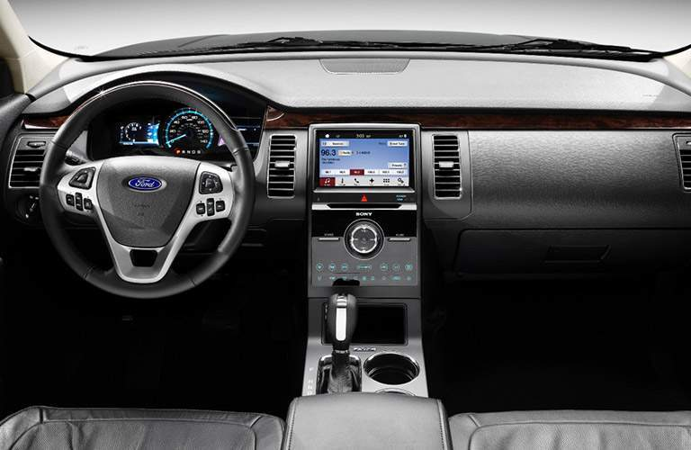 2017 Ford Flex interior features and technology