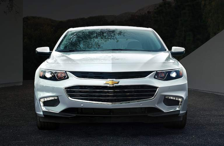 exterior front fascia of the 2018 chevy malilbu
