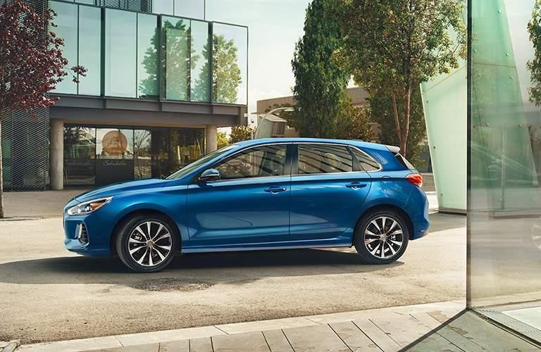 profile view of the 2018 Hyundai Elantra
