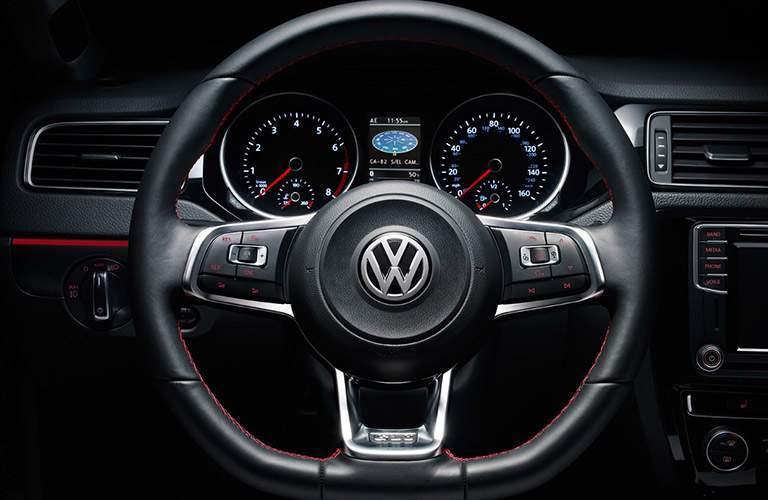 2018 Volkswagen Jetta steering wheel and driver gauges
