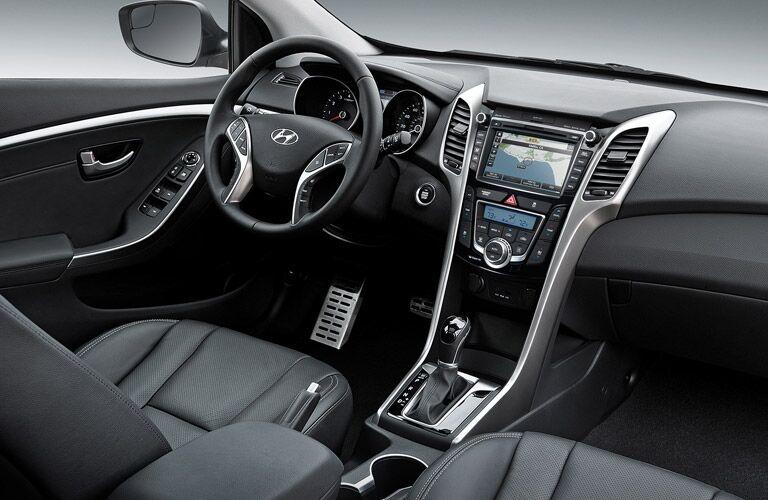 2017 Hyundai Elantra GT premium interior