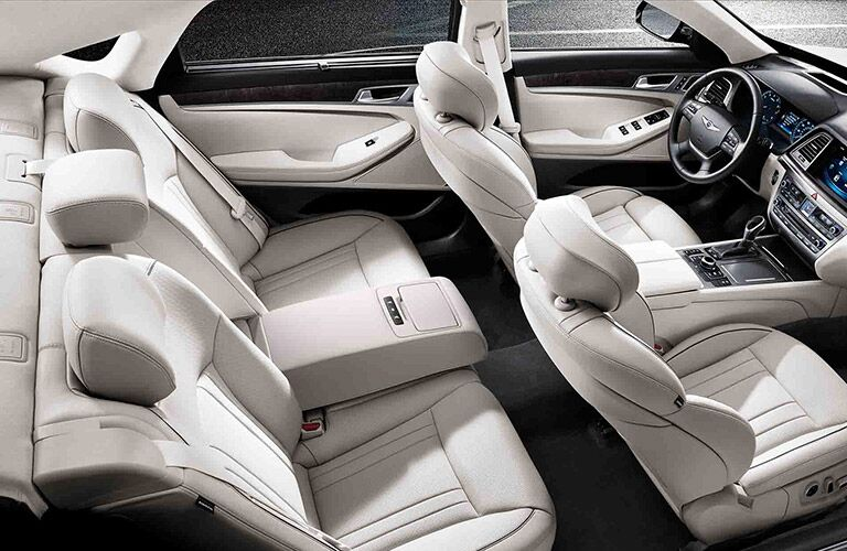 2017 Hyundai Genesis seating capacity