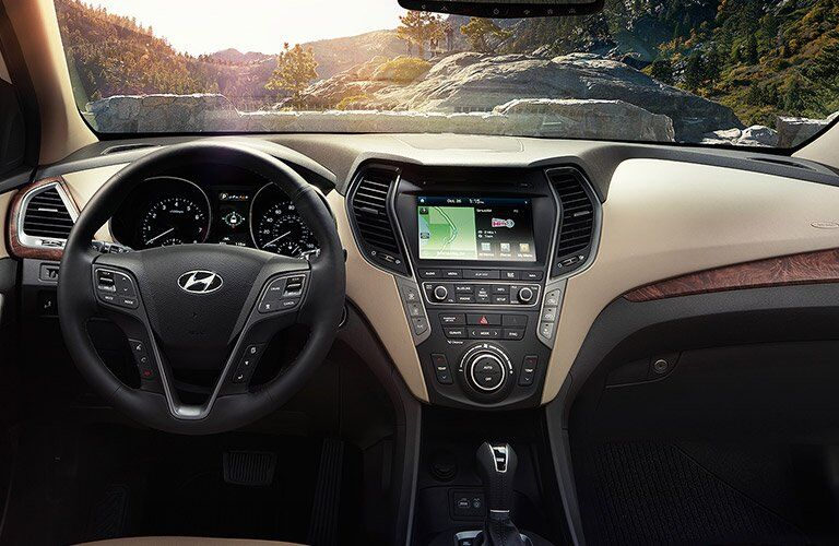 2017 Hyundai Santa Fe interior features