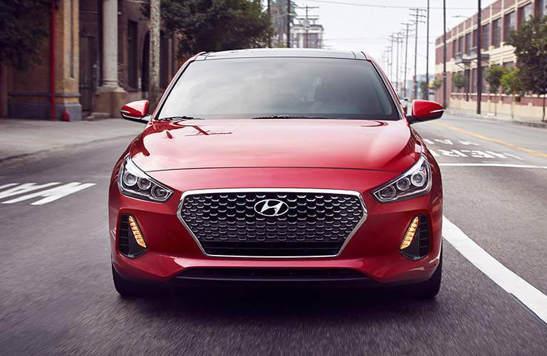 2018 hyundai elantra gt close up front view