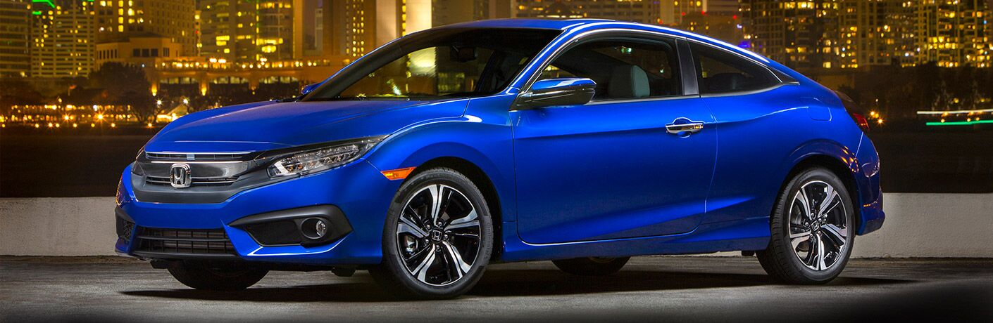 2017 Civic Coupe in Blue