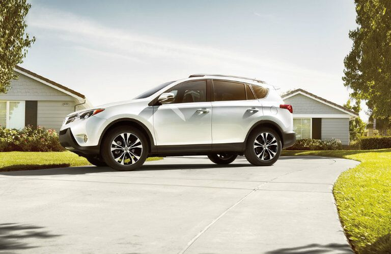 Side View of the 2016 Toyota RAV4
