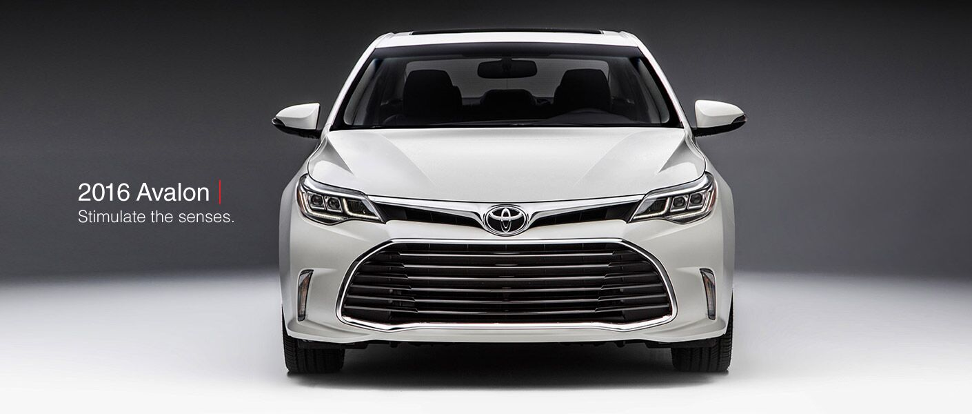 Front of the 2016 Toyota Avalon