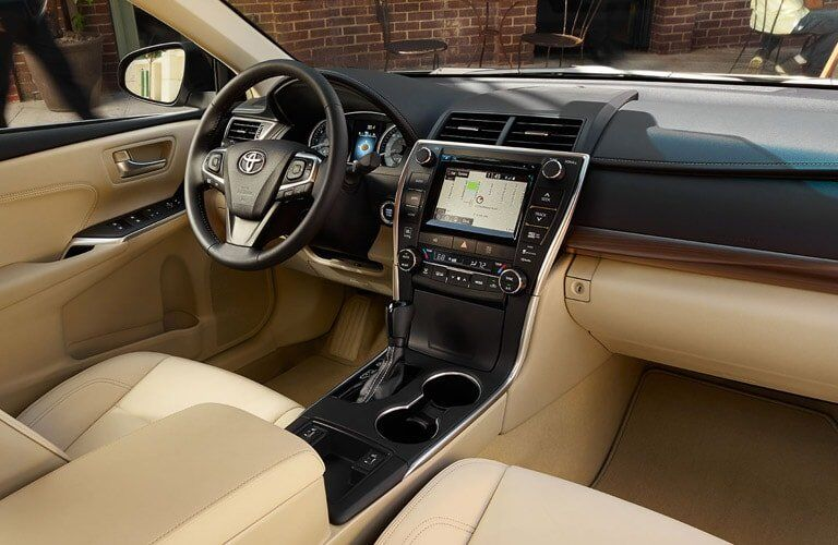 technology and front seating of the 2017 Toyota Camry