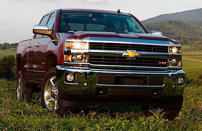 2015 Chevrolet Silverado 1500 on grass