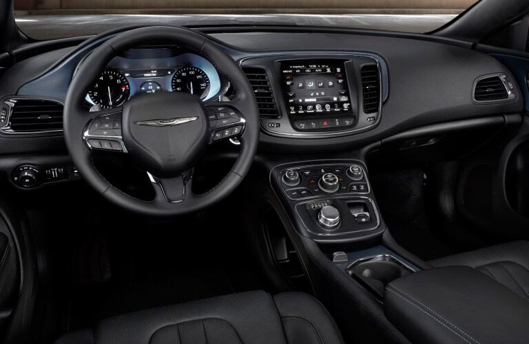 Used Chrysler 200 features and performance