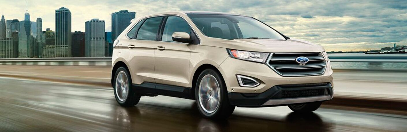 2017 Ford Edge in white