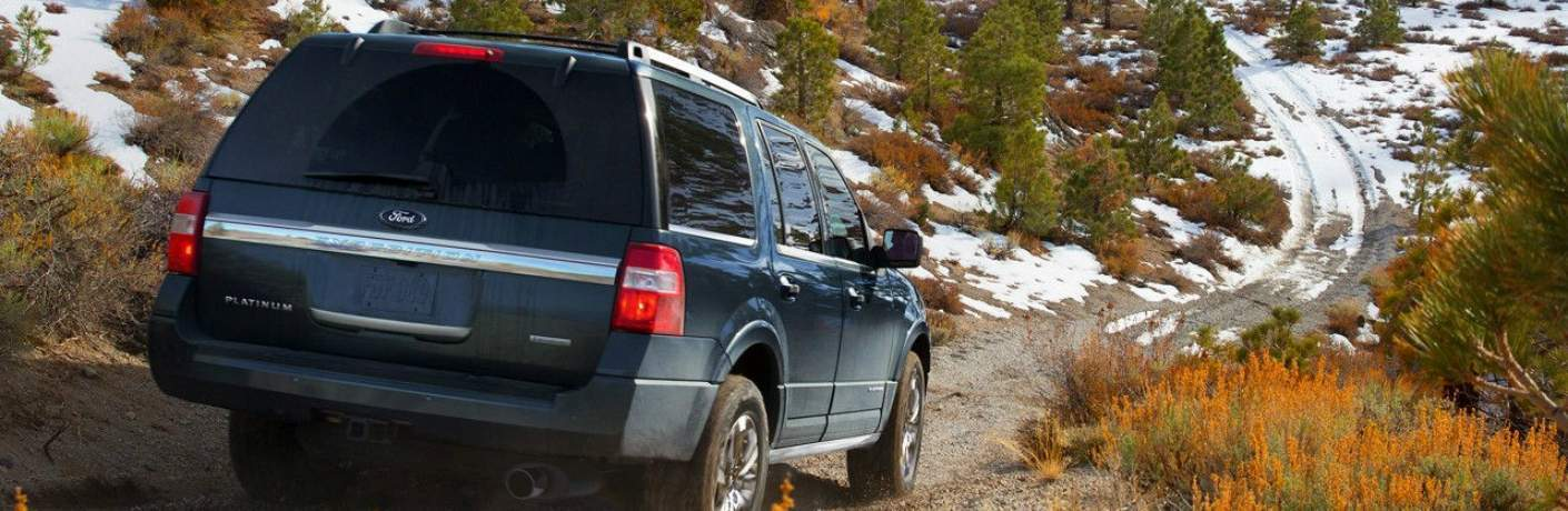 Ford Expedition Driving Off Road
