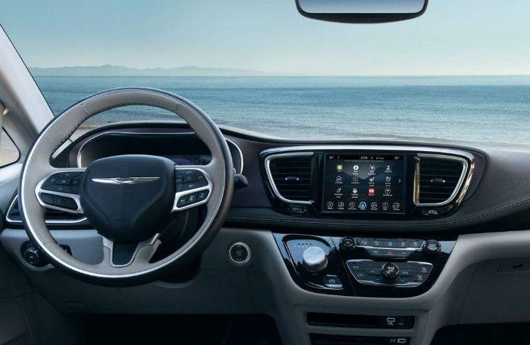 2018 Chrysler Pacifica driver cockpit