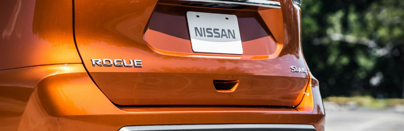 A photo of the Rogue badge on the rear of the used Nissan Rogue.