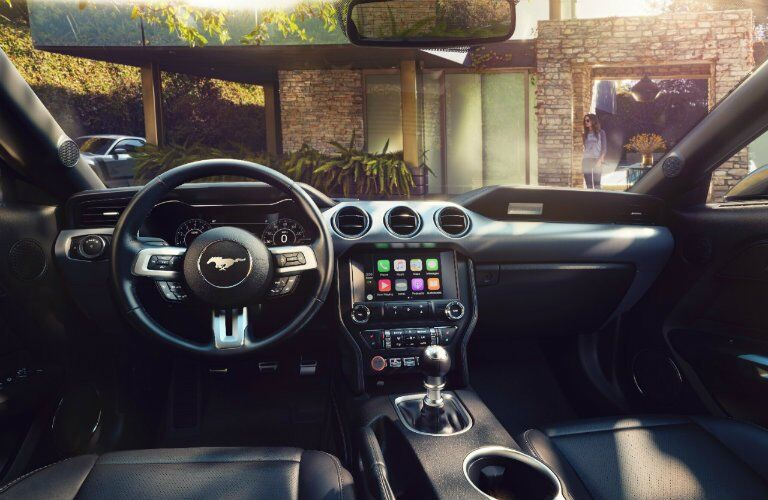 front dashboard view of the 2018 Ford Mustang