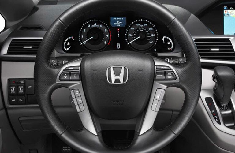 2015 Honda Odyssey vs 2015 Dodge Grand Caravan