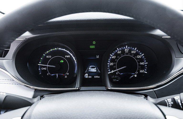 2017 toyota avalon hybrid multi-information display interior