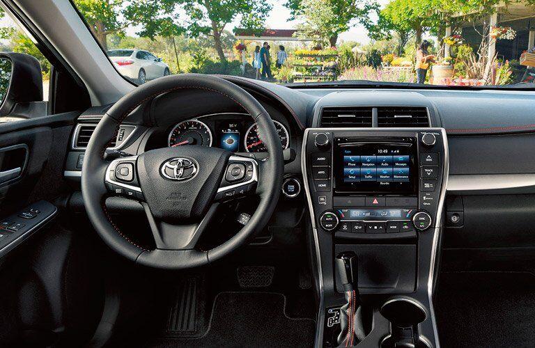 2017 toyota camry hybrid interior black interior touchscreen