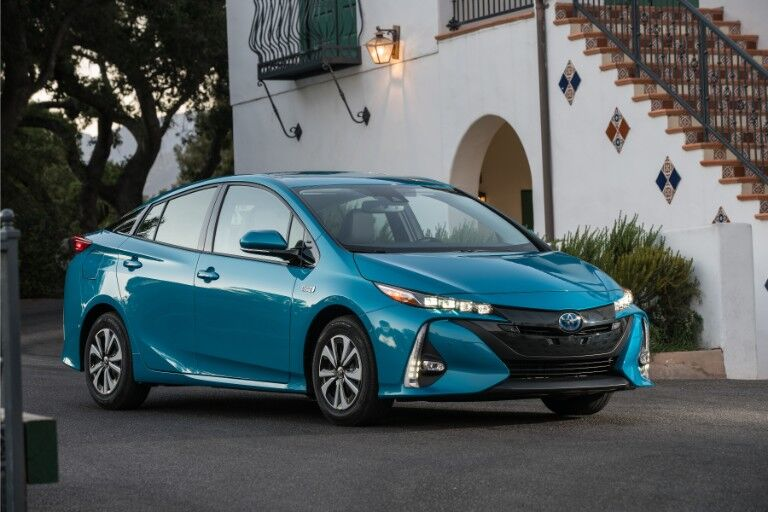 2018 Toyota Prius Prime Exterior Passenger Side Front