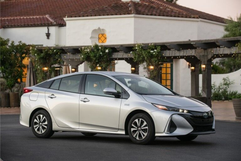 2018 Toyota Prius Prime Exterior Passenger Side Front Profile