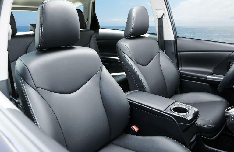 2018 Toyota Prius v Interior Cabin Front Seats