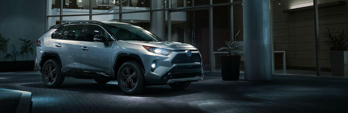 2019 Toyota RAV4 Hybrid Exterior Passenger Side Front Profile