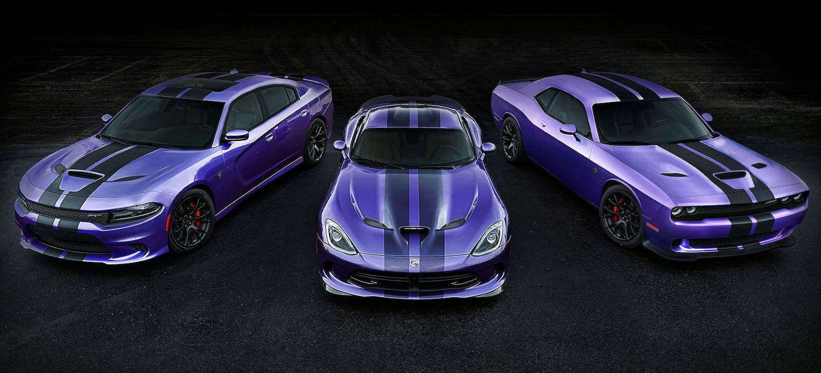 2016 Dodge Challenger vs 2016 Dodge Charger; Which One is for You?